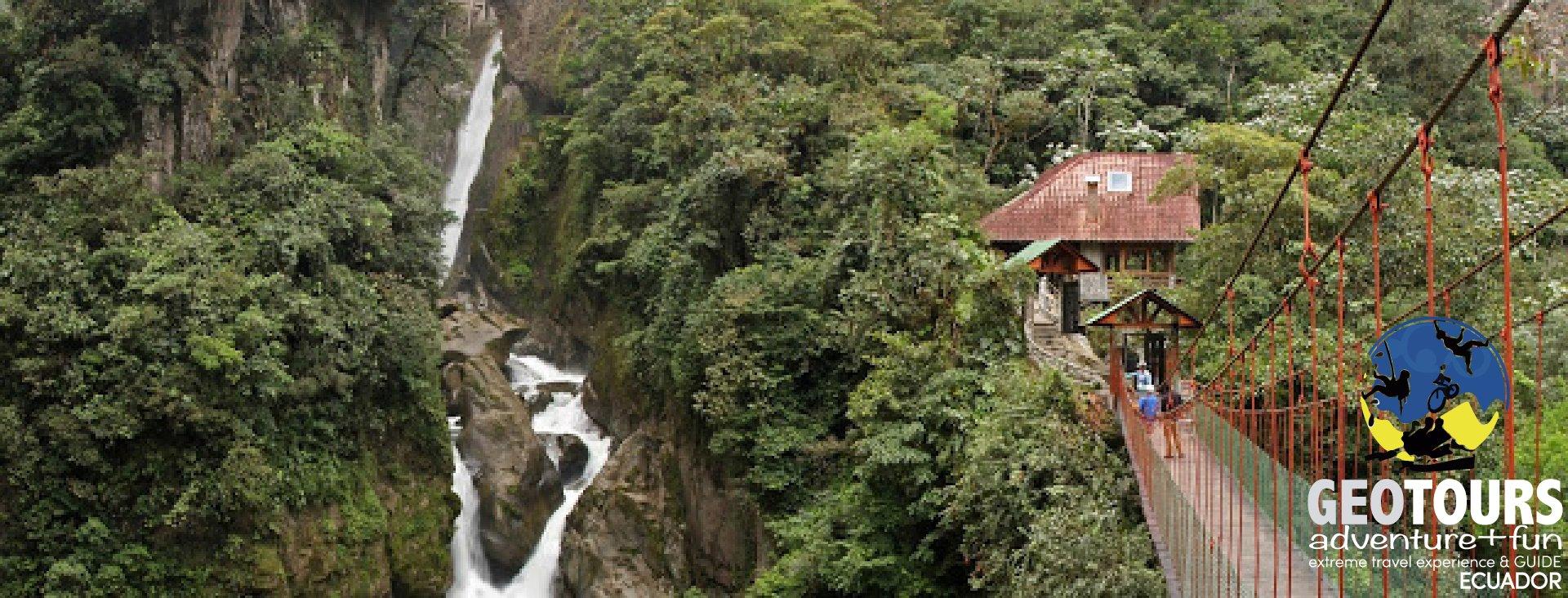 Foto Pailon del Diablo Waterfall in Baños de Agua Santa