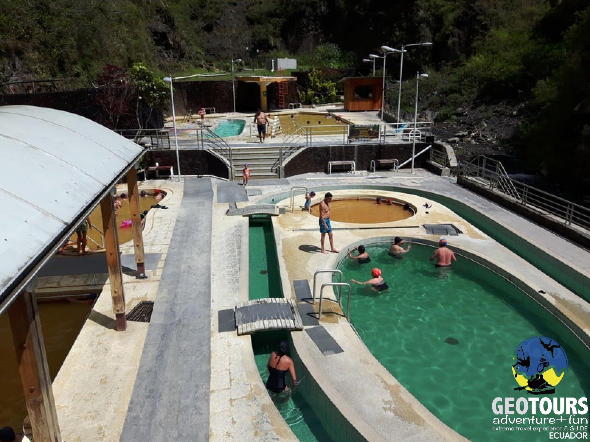 Foto  Hot springs in Baños, Ecuador