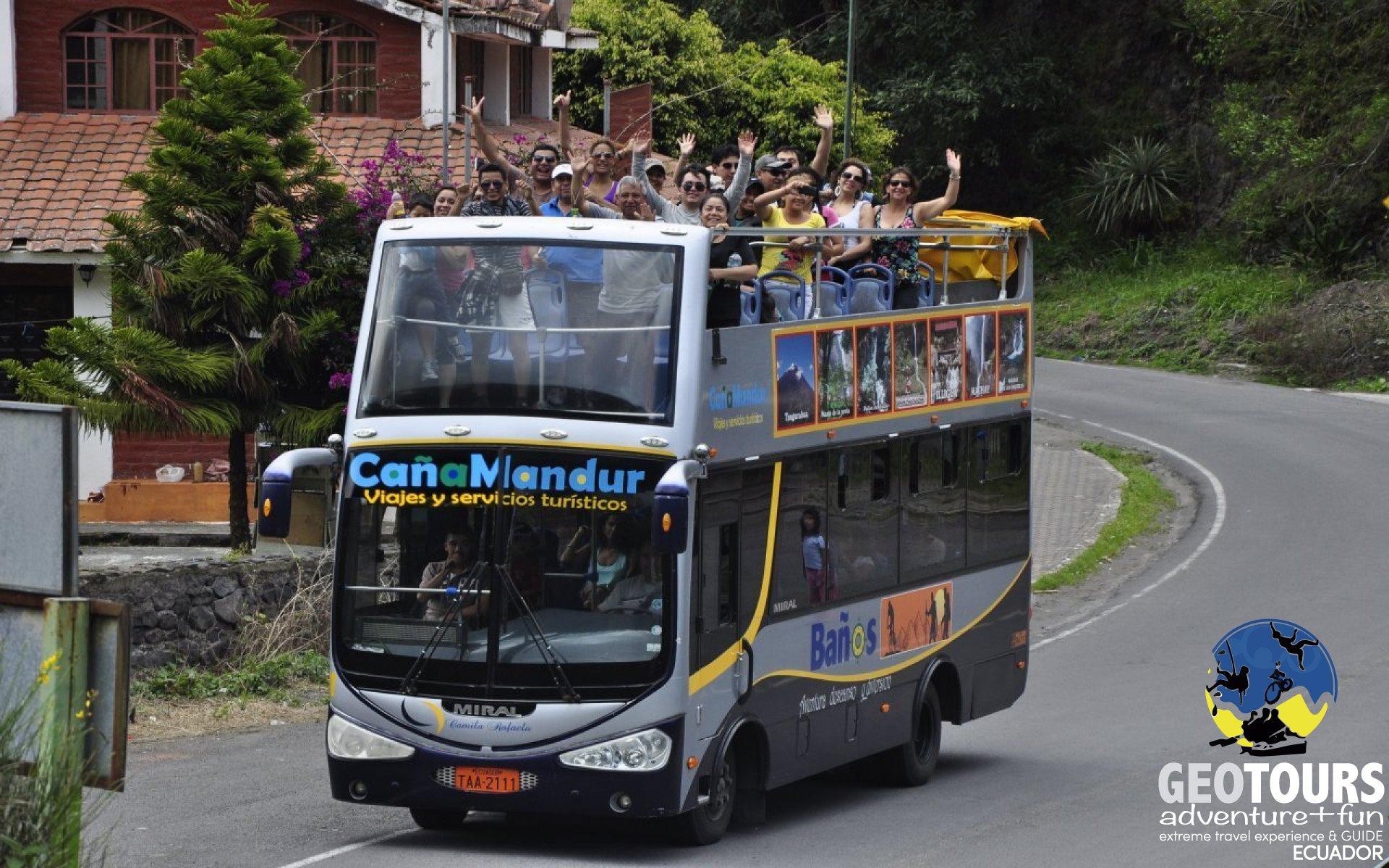 Ruta de las cascadas en bus de dos pisos