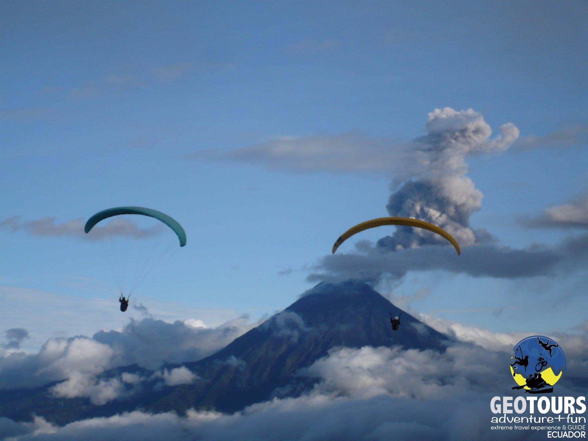 Paragliding Tour Banos Ecuador